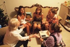 Свързване с извора на женска сила в група