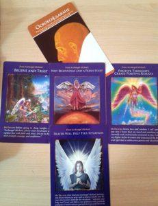 Ангелските карти на февруари: карта на месеца- Освобождаване. Карти на трите десетдневки от ляво на дясно.
